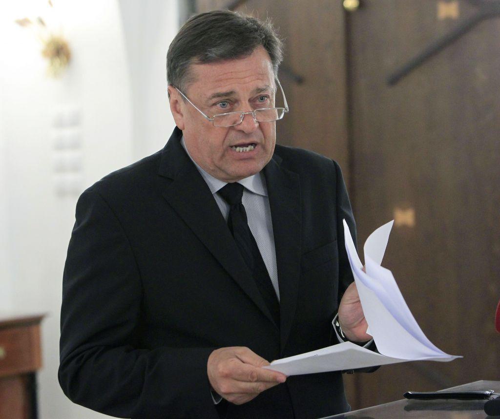 Janković našel denar za garažno hišo Kozolec in kopališče Kolezija