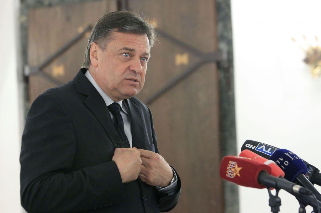 Odbor stanovalcev Jankovića prijavil komisiji za preprečevanje korupcije