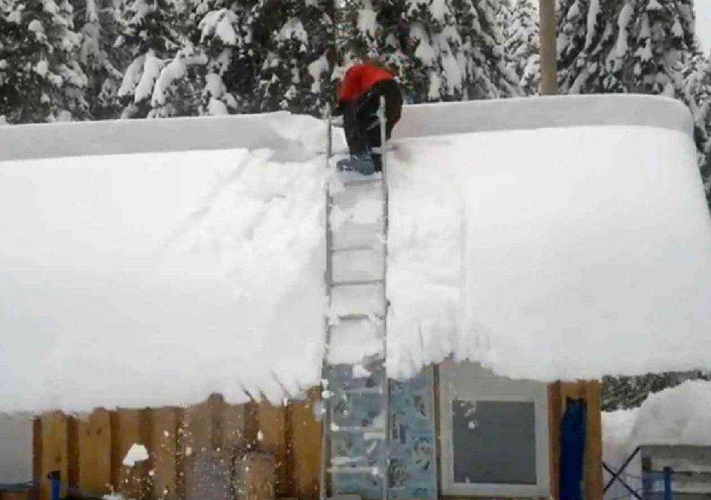 VIDEO: Inovativno čiščenje snega na Rogli