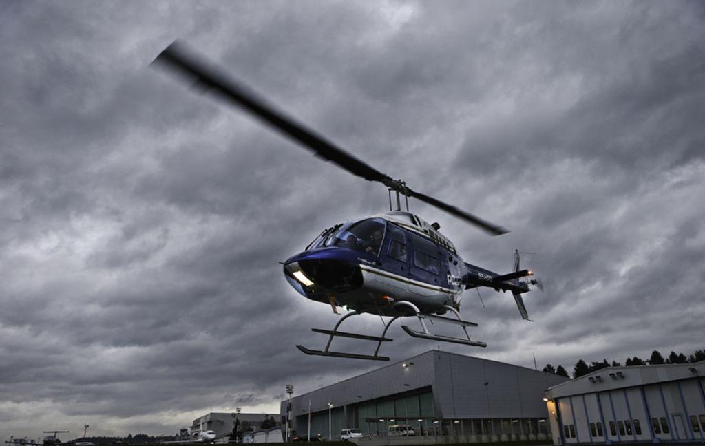 Nad Bovcem strmoglavilo letalo, tri osebe mrtve