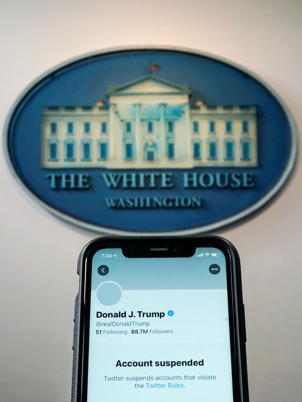 Spletni velikani zablokirali Trumpovo alternativno omrežje