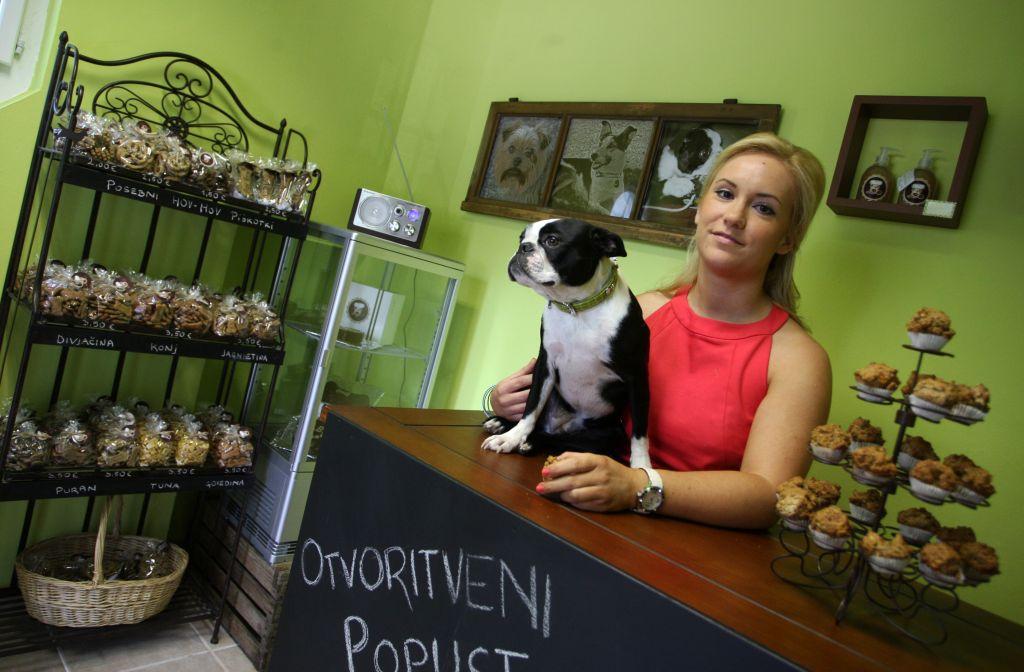 Prva pasja pekarna v Sloveniji